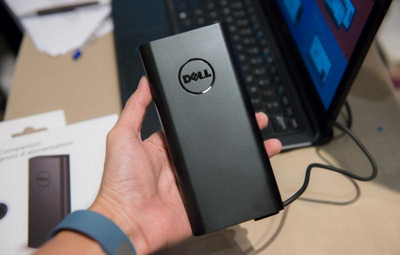 """""""Lùng sục"""" tìm mua chiếc pin laptop Dell dự phòng đầu tiên tại Việt Nam."""